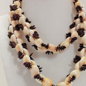Natural Cowrie Sea Shell Choker Necklace
